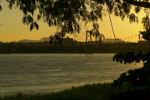 Rio Zambeze Tete.Jpeg